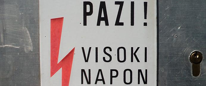 Znak_visoki_napon